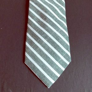 Ann Ivy Green and White Striped Tie
